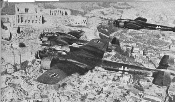 1941 πάνω από την Αθήνα.